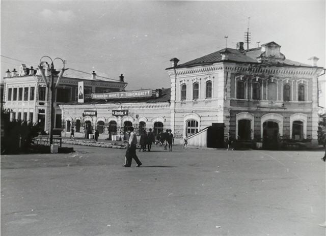 У кинотеатра Салават